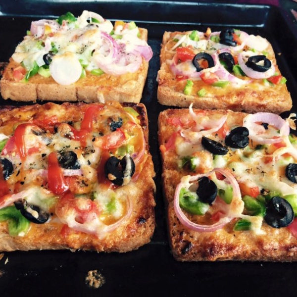 Photo of Cheesy Bread Pizza by Mehak Sharma at BetterButter