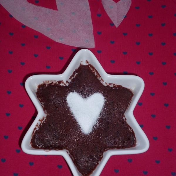 How to make Eggless 1 Minute Microwave Red Velvet Cake