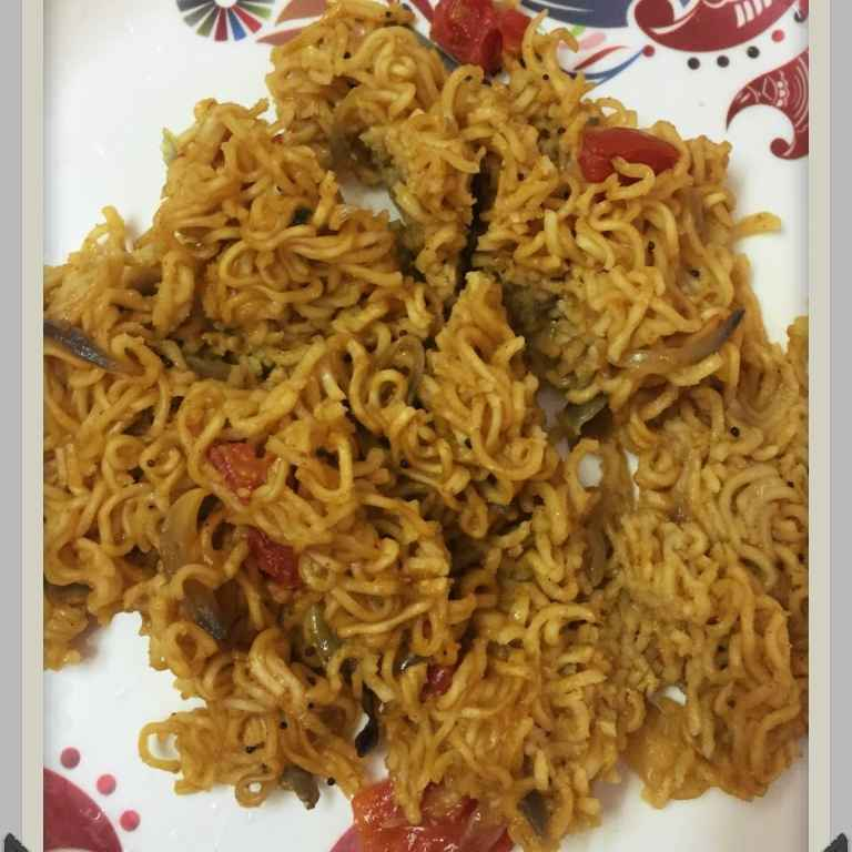 Photo of Spicyyy Maggi noodles by pavumidha arif at BetterButter