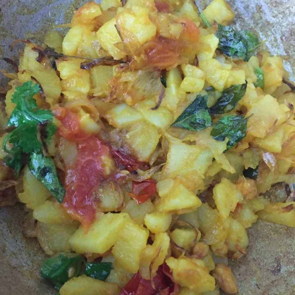 How to make Potato curry