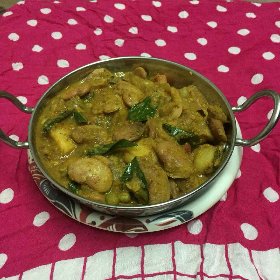 Photo of Double beans potato Gravy by pavumidha arif at BetterButter