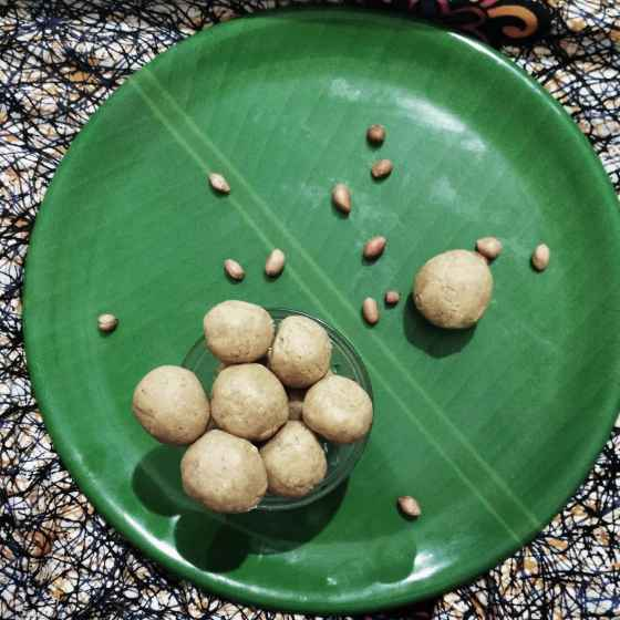 How to make Roasted Ladoo