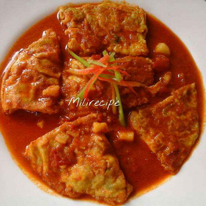 How to make Egg Omelette Curry