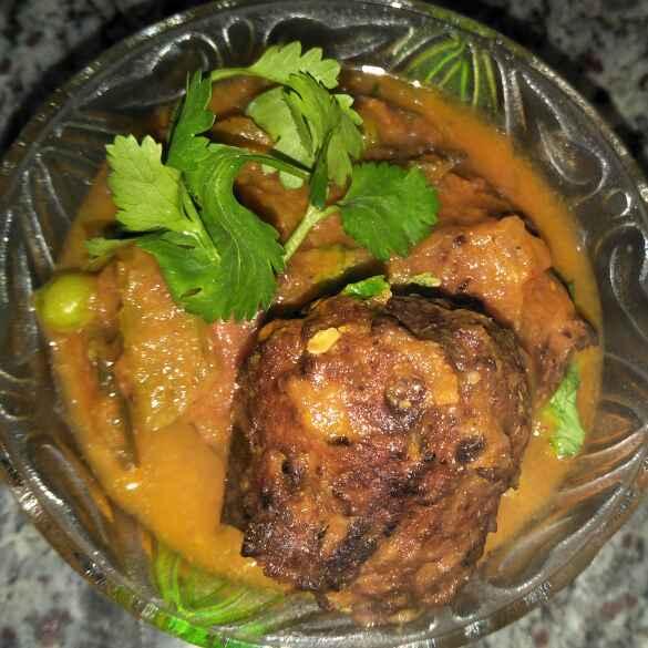 How to make Nadia bara tarkari(coconut kofta gravy)