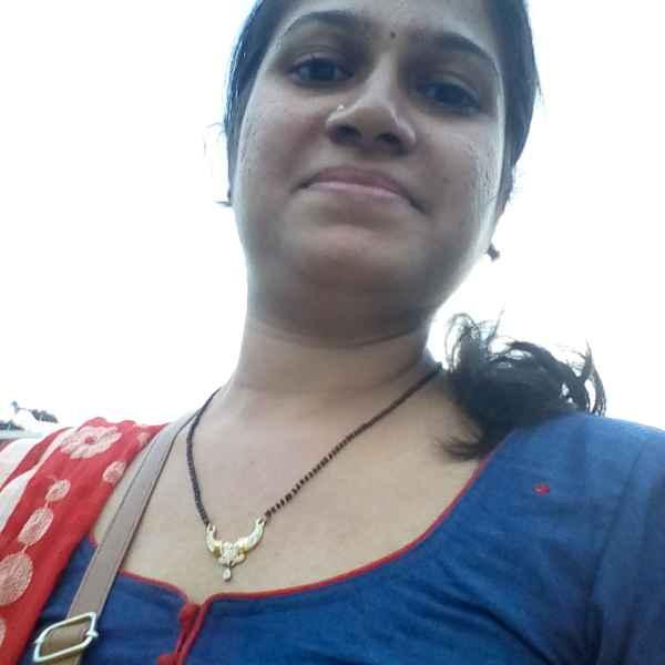 Minal Prajapati food blogger