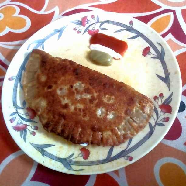 Photo of Cheezy paratha pizza by Mishtu Dutta at BetterButter