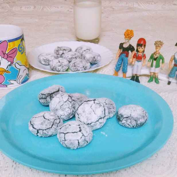 How to make Chocolate  Crinkles cookies