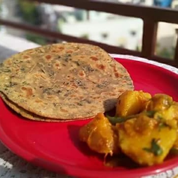 Photo of Methi paratha and dum aloo by Mitoshi Saha at BetterButter