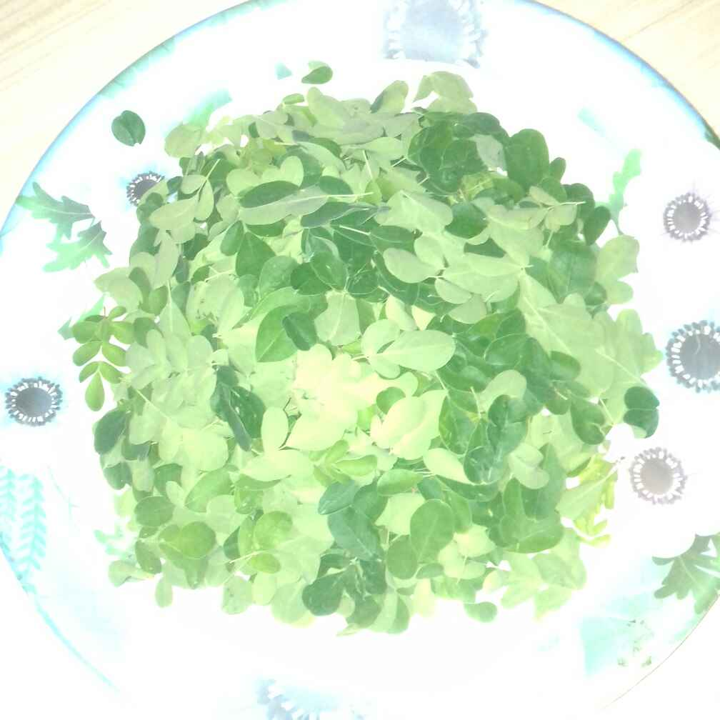 How to make Drumstick leaves soup