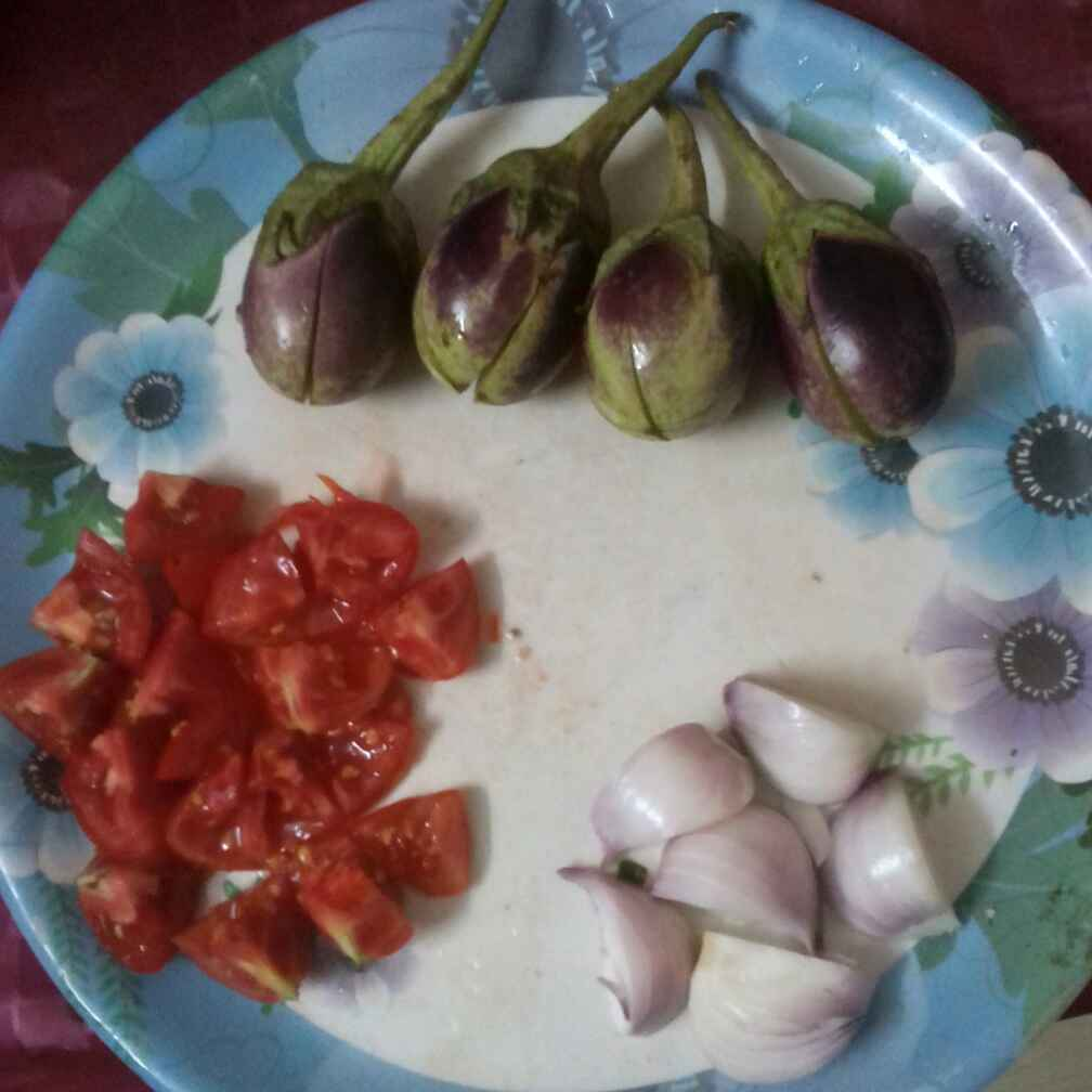 How to make Brinjal Curry