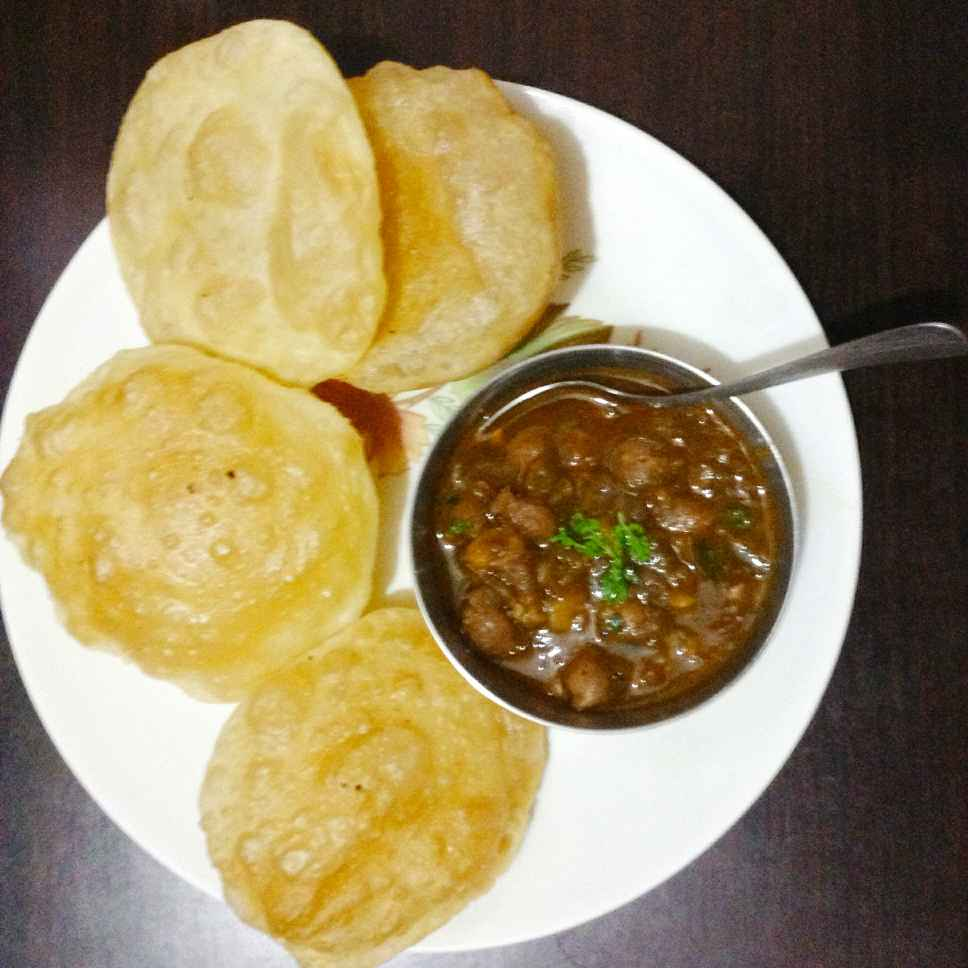 Photo of chola aur bhatura by monika  at BetterButter