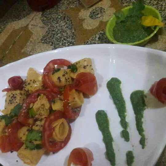 Photo of Surati khandvi with tomato cheesy flavour served with surati green chutney by Monika Manji Patel at BetterButter