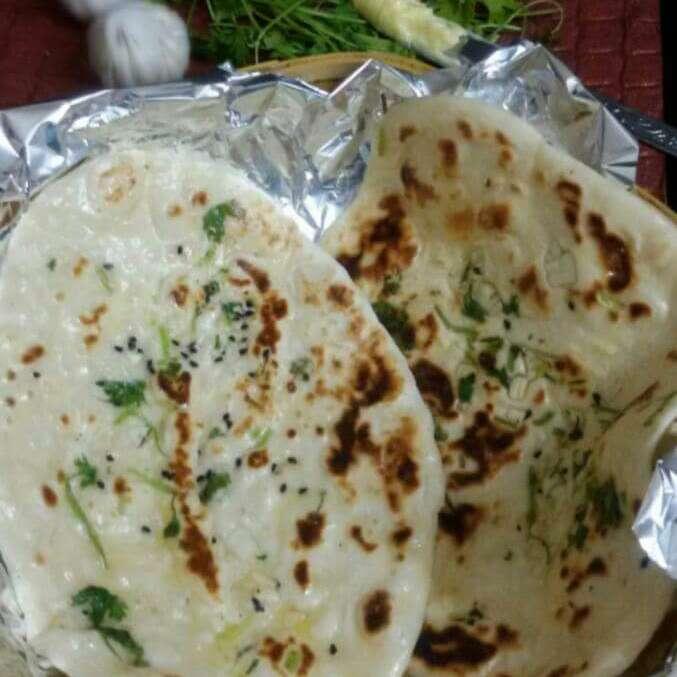 Photo of Tawa Garlic  Butter Naan by Moumita Malla at BetterButter