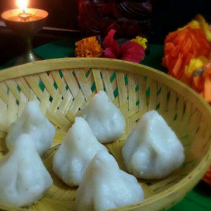 How to make Modak (A Traditional Maharashtrian Sweet Dish) Without  Mould