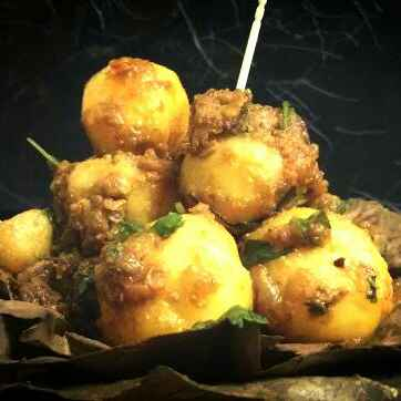 How to make Kolkata Street Style Chatpata Aloor Dum