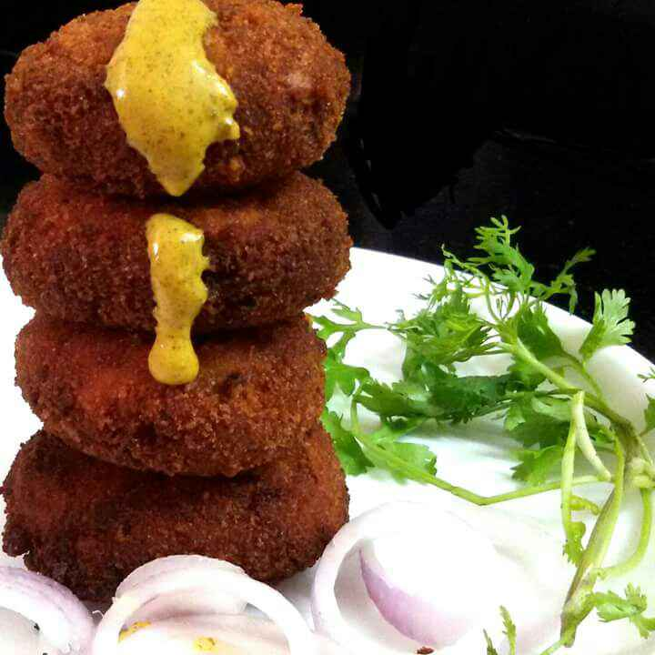 How to make Macher Chop or Fish Croquettes  (Kolkata Style )