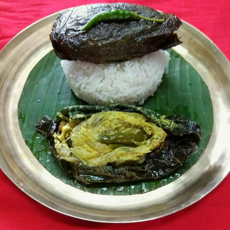 How to make Kumro Patai Ilish Paturi