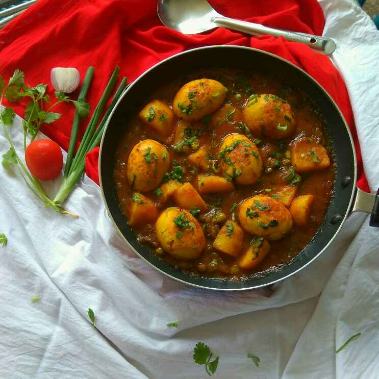 Photo of Spicy Saucy Egg Curry by Moumita Nandi at BetterButter