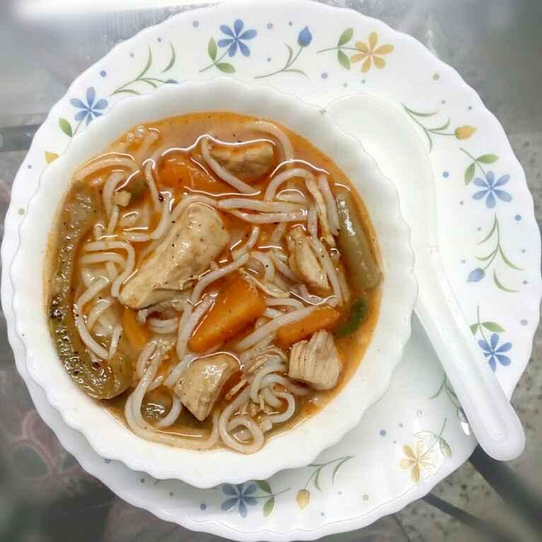 How to make Chicken Thukpa
