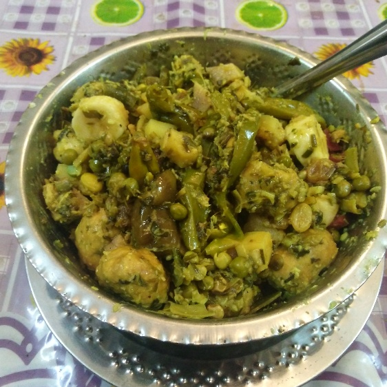 How to make Undhiyu in microwave