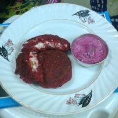 How to make Beetroot Kebab with Beetroot Curd Dip