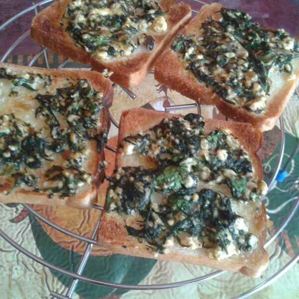 How to make SPINACH SANDWICH