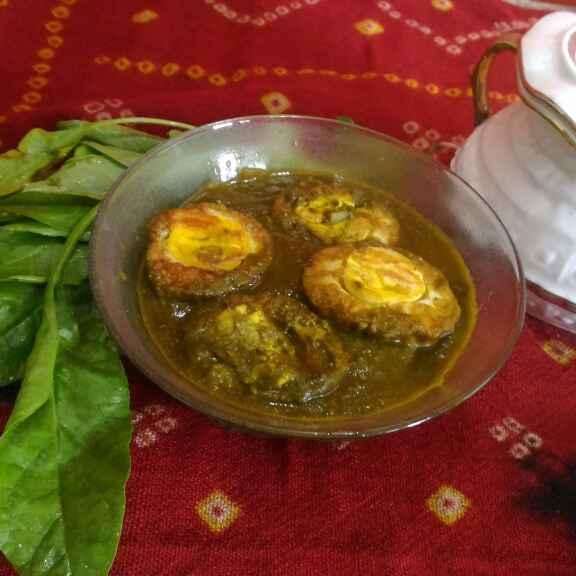 How to make Anda in palak gravy