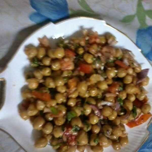 How to make Chana salad