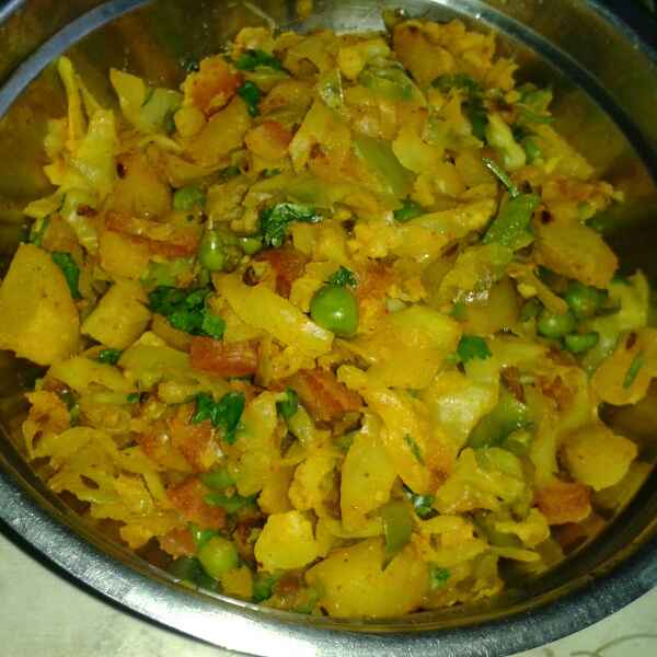 Photo of Mix vegetable paratha by Mukti Sahay at BetterButter
