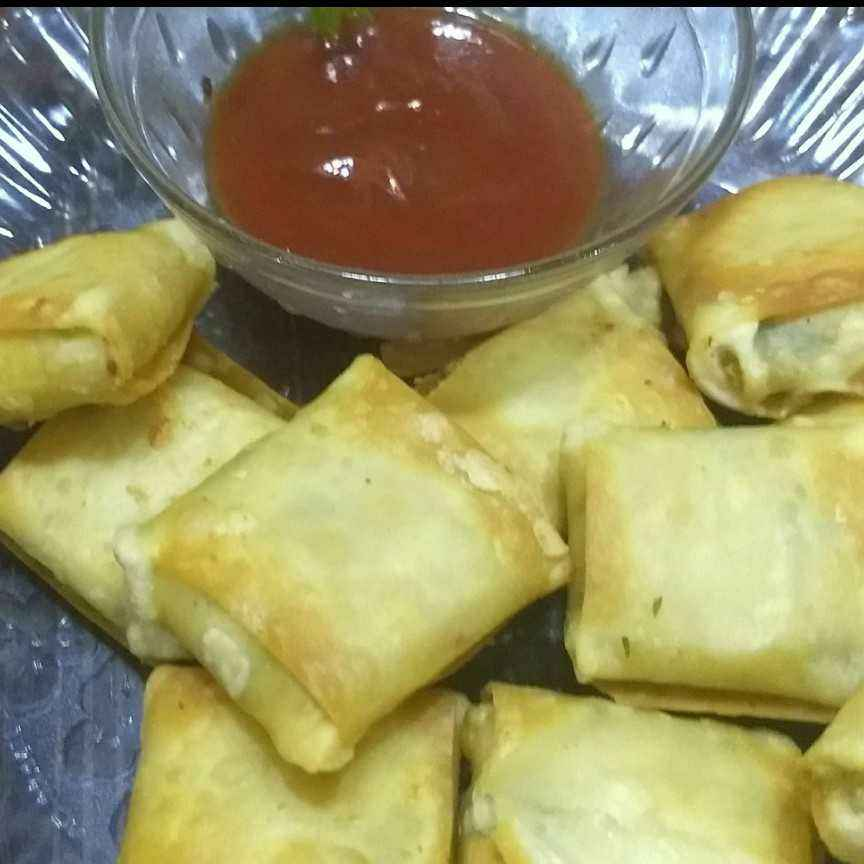 How to make Cheesy paneer parcels