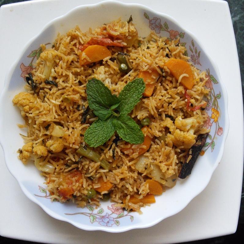 Photo of Easy Vegetable Biriyani by Muthulakshmi Madhavakrishnan at BetterButter