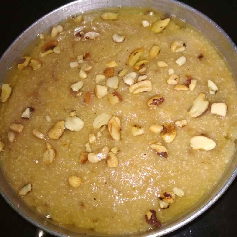 How to make Potato poha halwa
