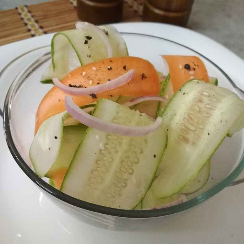 How to make Ribbon Salad.