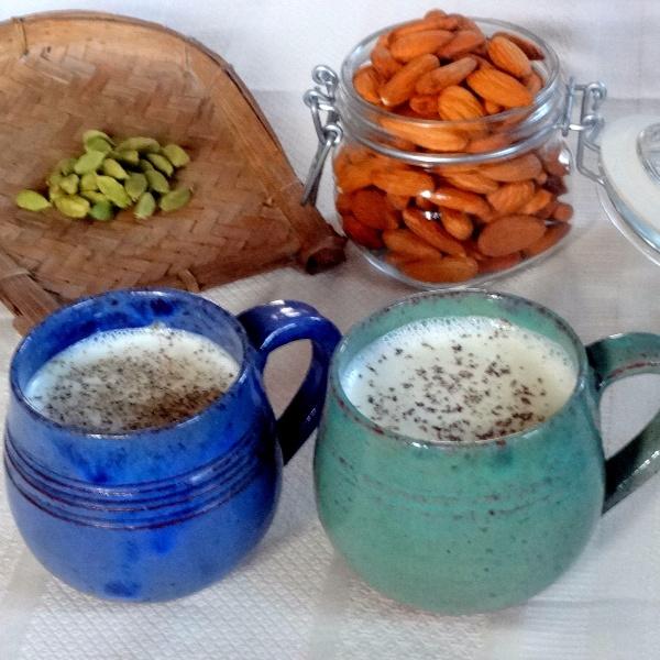 How to make Elaichi Almond Milk