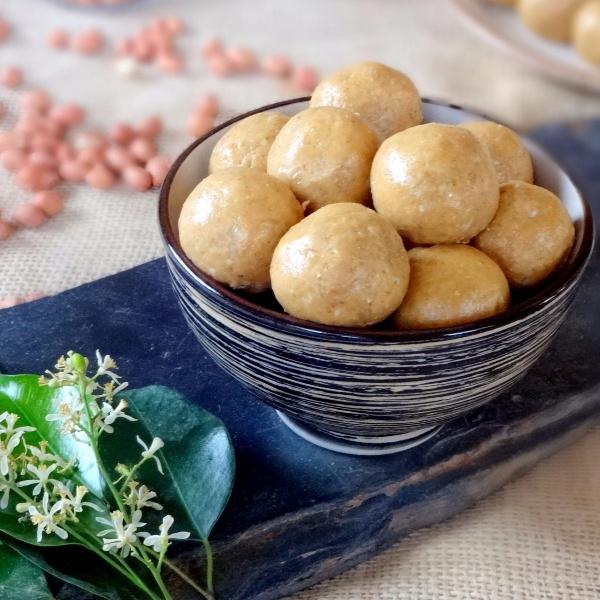 How to make Peanut Oats and Honey Laddu (Sugar free)