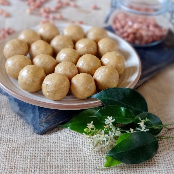 Photo of Peanut Oats and Honey Laddu (Sugar free) by Namita Tiwari at BetterButter