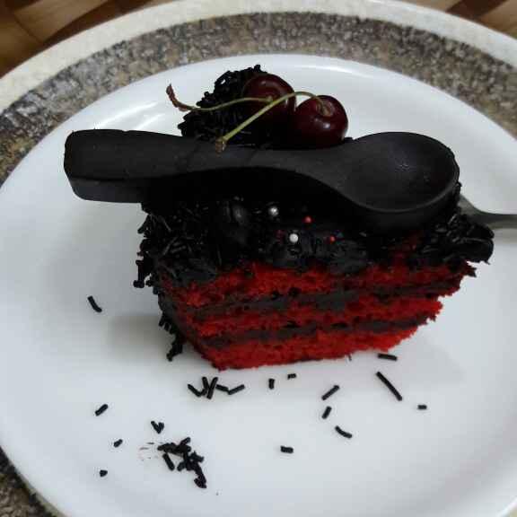 Photo of Red velvet with dark chocolate ganache cake  by Nandini Maheshwari at BetterButter