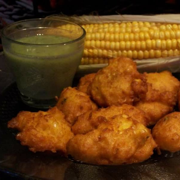 How to make Corn pakora with mint chutney