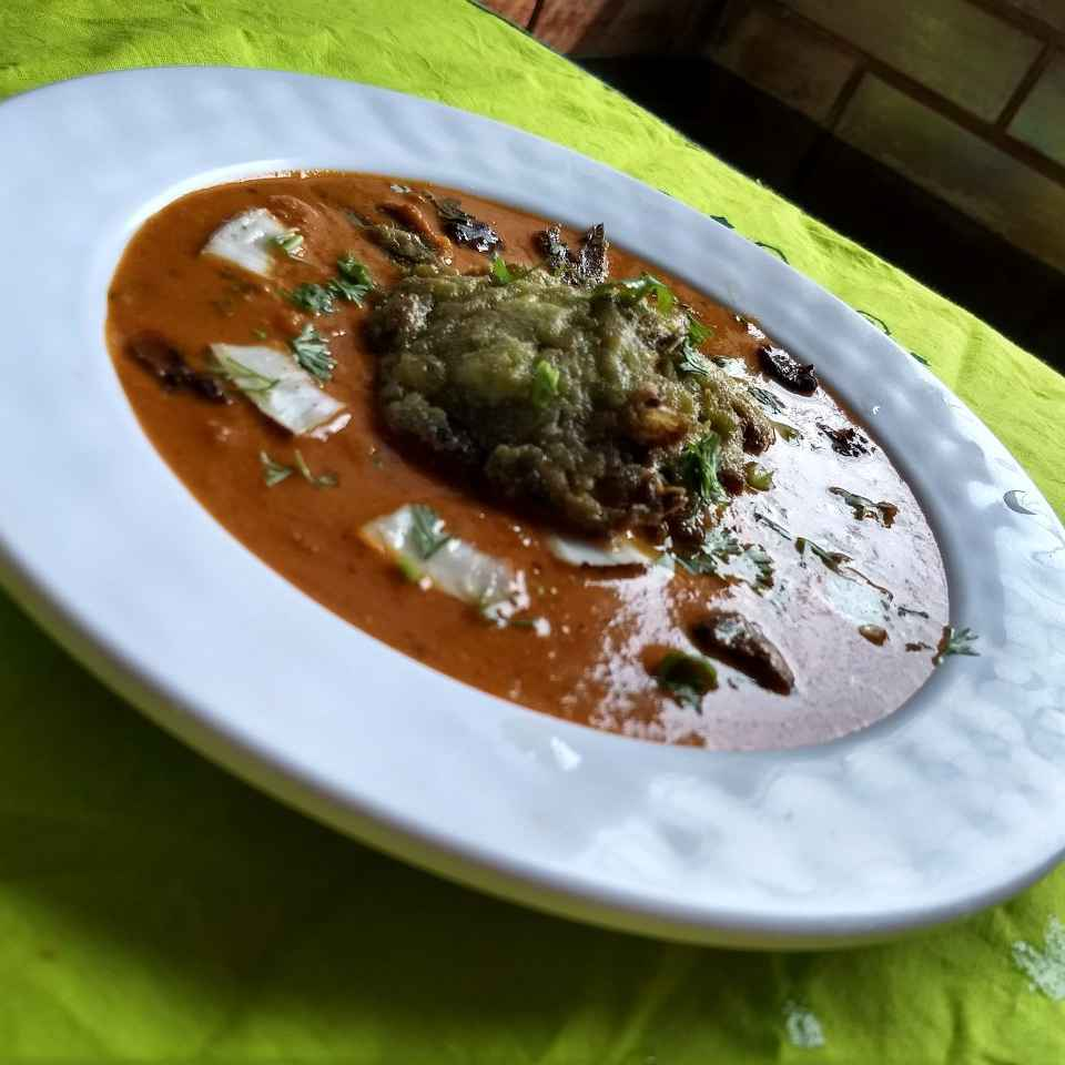 How to make Stuffed Pomfret Curry