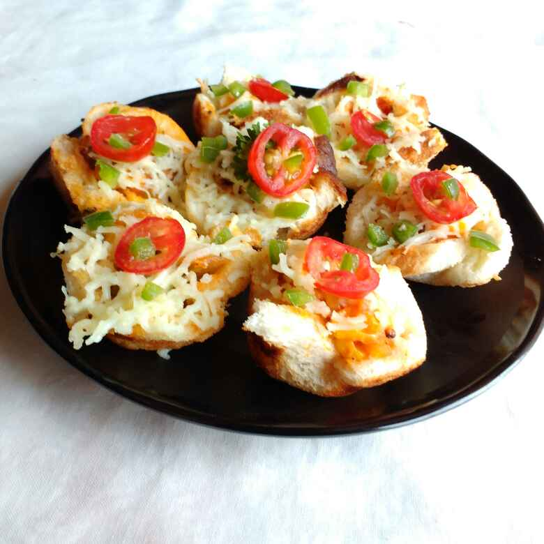 Photo of Pizza flowers in Aappe pan by Nayana Palav at BetterButter