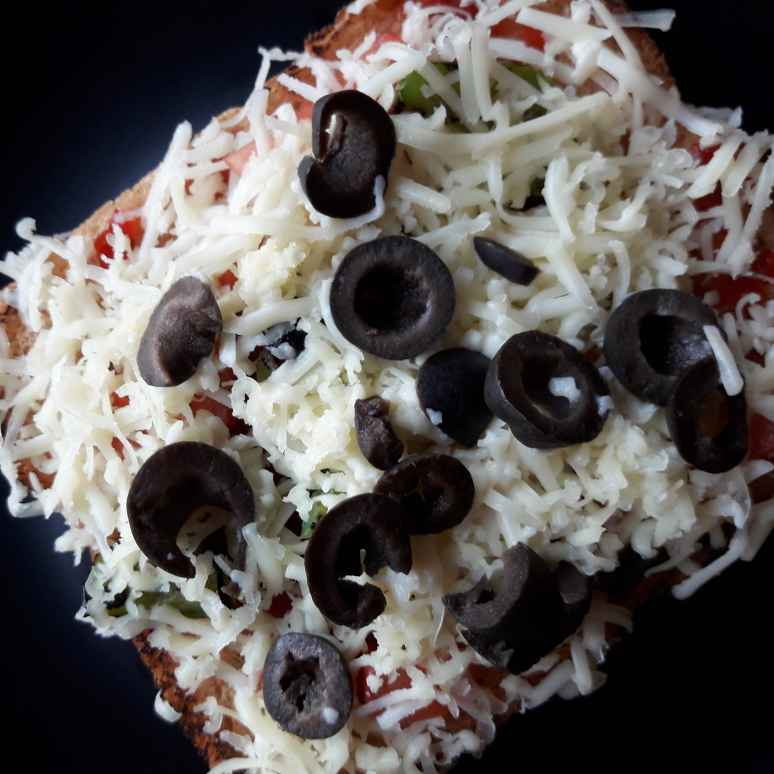Photo of Brown Bread Tava Pizza by Nayana Palav at BetterButter