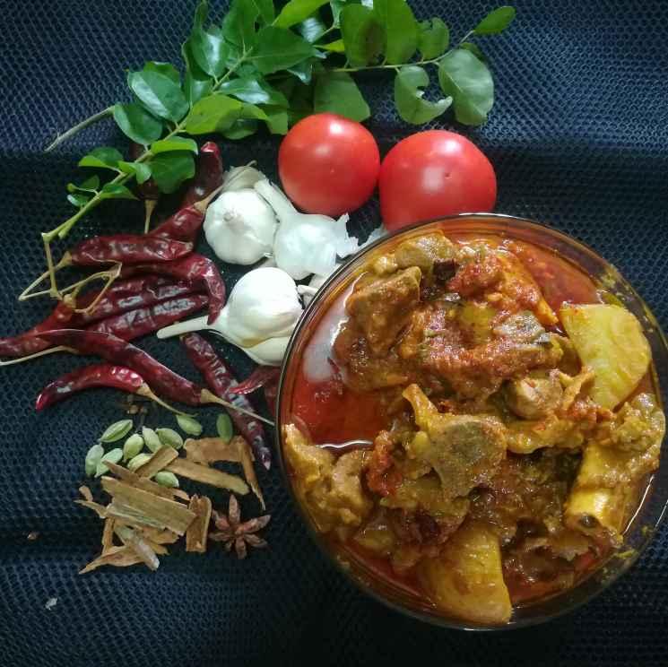 Photo of Kalyana Curry Kulambu by Nazeema Banu at BetterButter