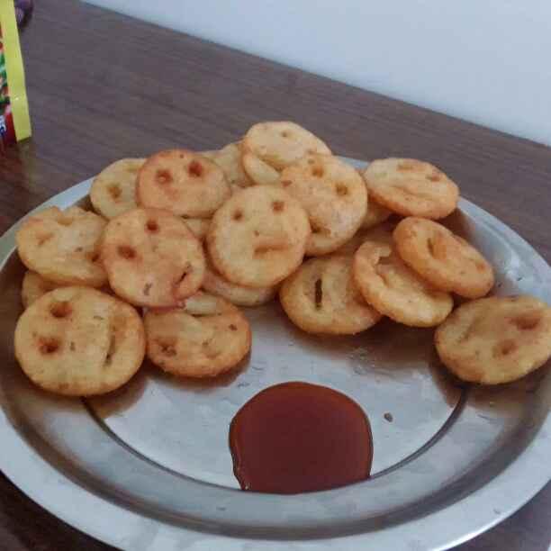 How to make பொட்டேட்டோ ஸ்மைலி