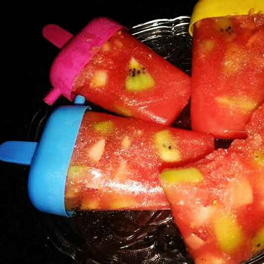 How to make Watermelon Kiwi And Apple Popsicles