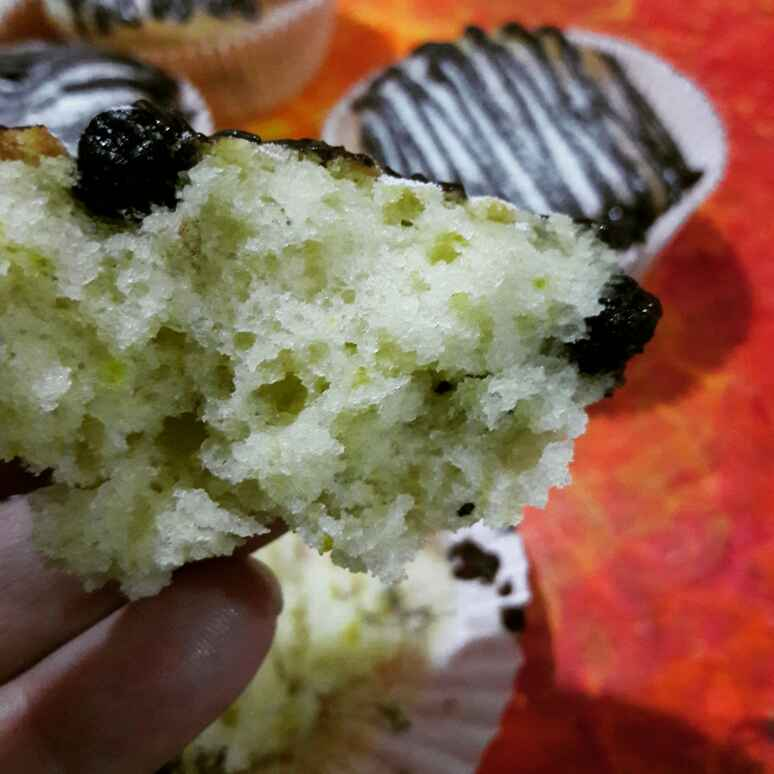 How to make Eggless Blueberry Lemon Muffins