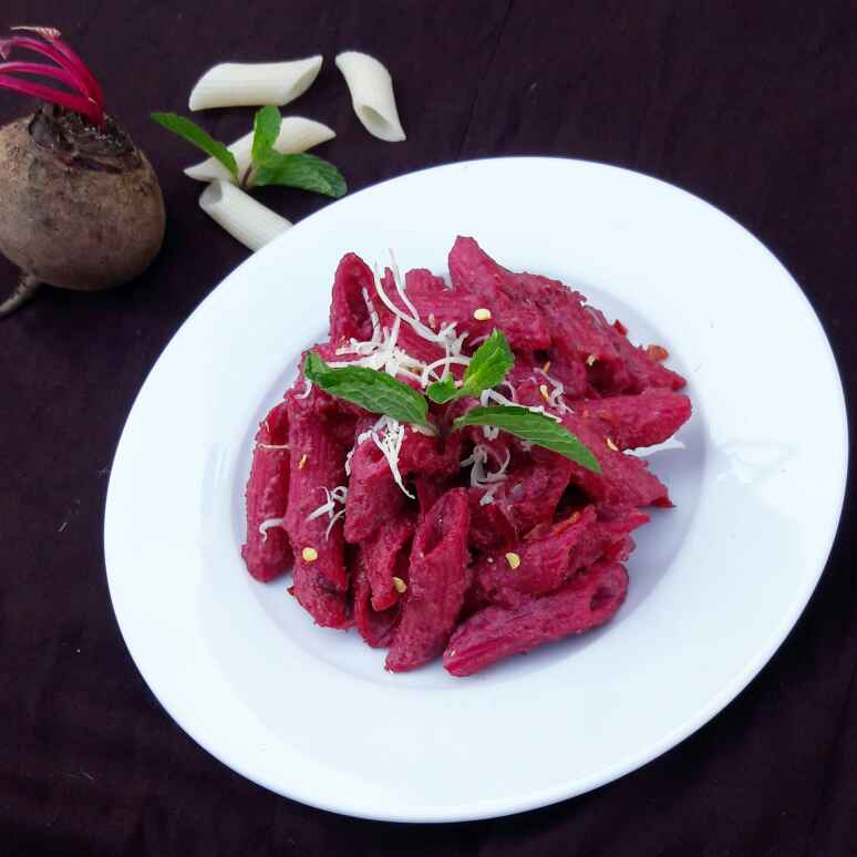 How to make Pasta In Beetroot Almond Pesto
