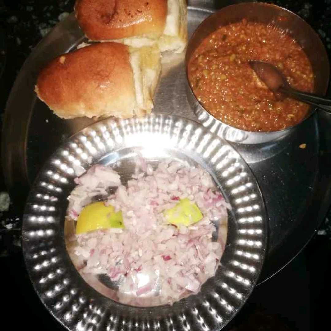 How to make Khada pavbhaji onepot