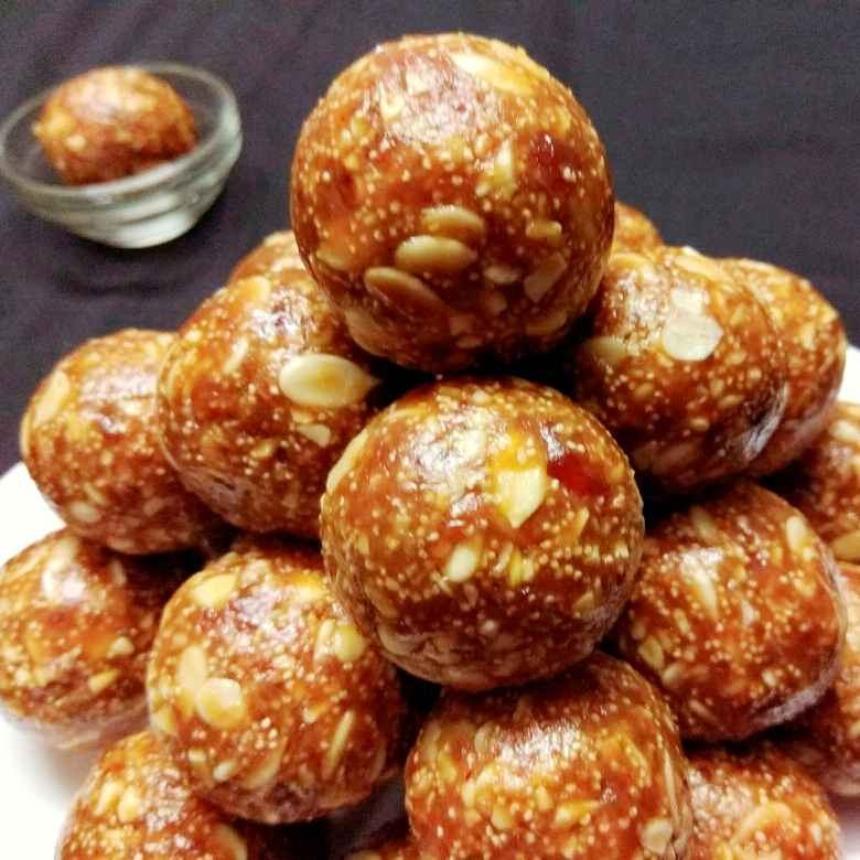 Photo of Heathy nuts laddu by Neelam Gupta at BetterButter