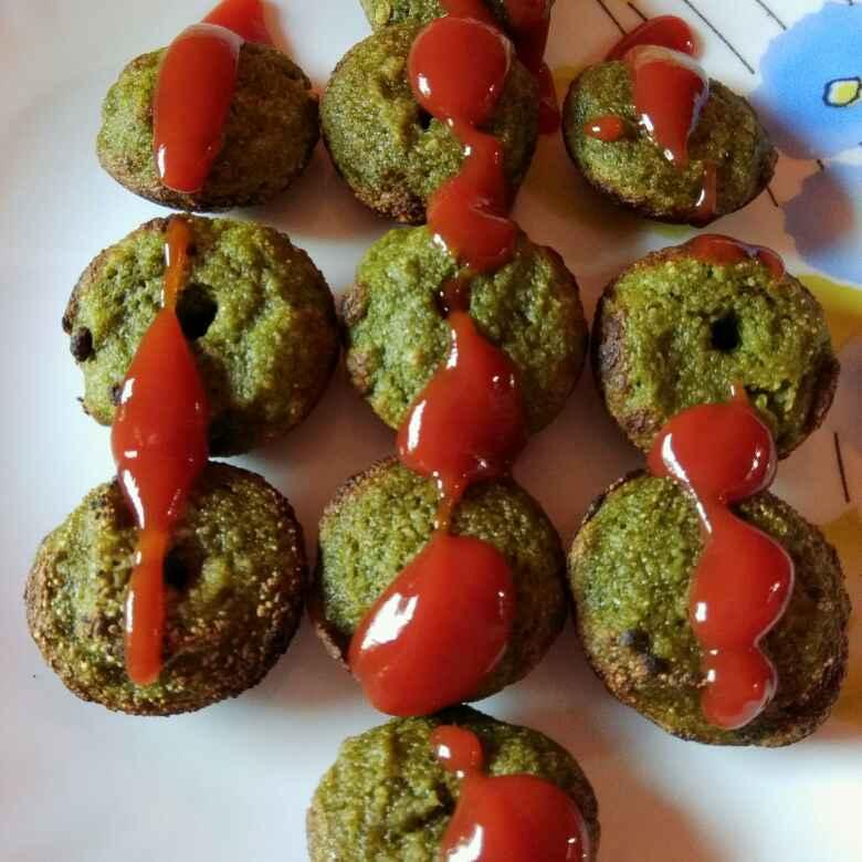 How to make Palak sooji appe