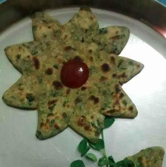 Photo of Methi ka flower shape paratha by Neelima Rani at BetterButter